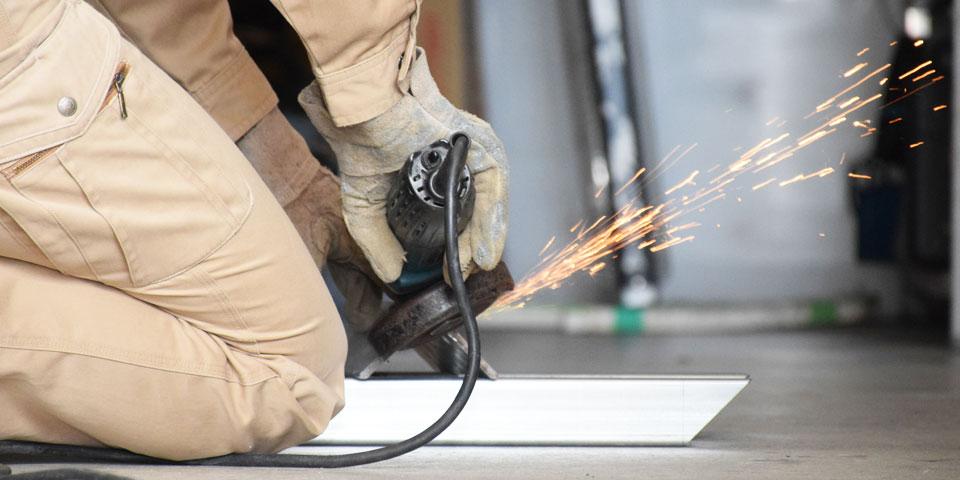 看板製作の各工程において専門家が在籍しています。